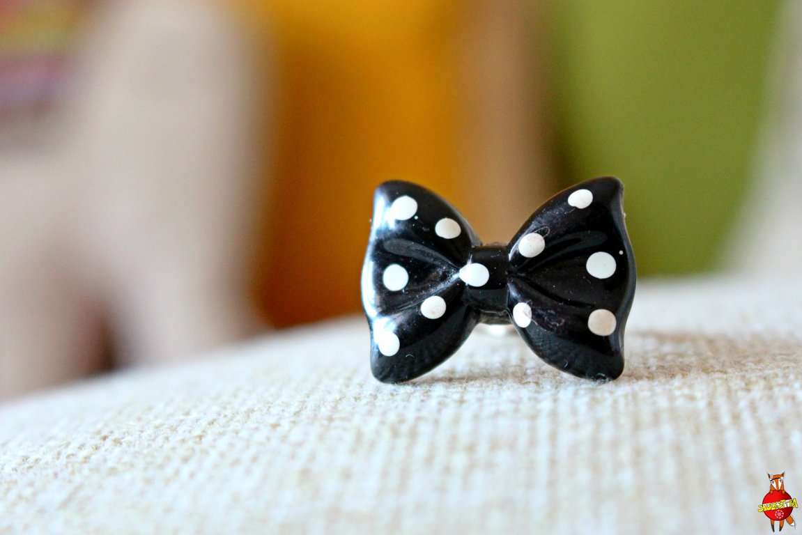 "ring ""Polka dot bow"""