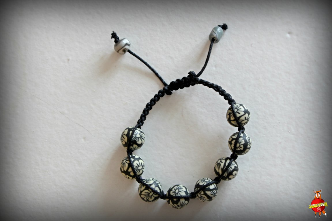 "Shamballa bracelet ""Black and white"""