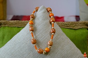 Wooden neckless (orange folk)