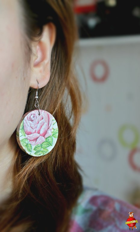 "wooden earrings ""Roses"""