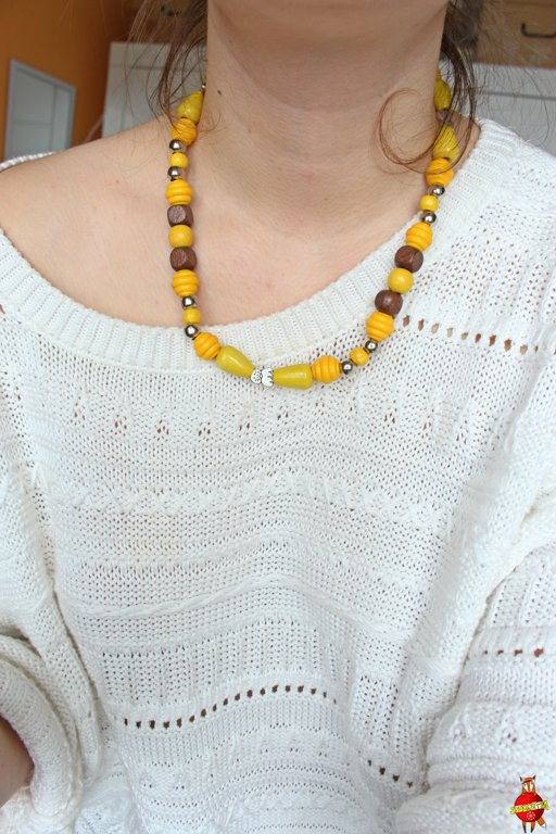 Wooden neckless (sunny cat)